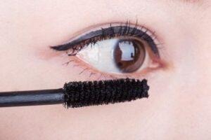 streaky mascara